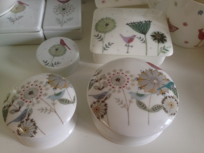 Porcelain boxes